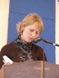 с. Маша читает свидетельство